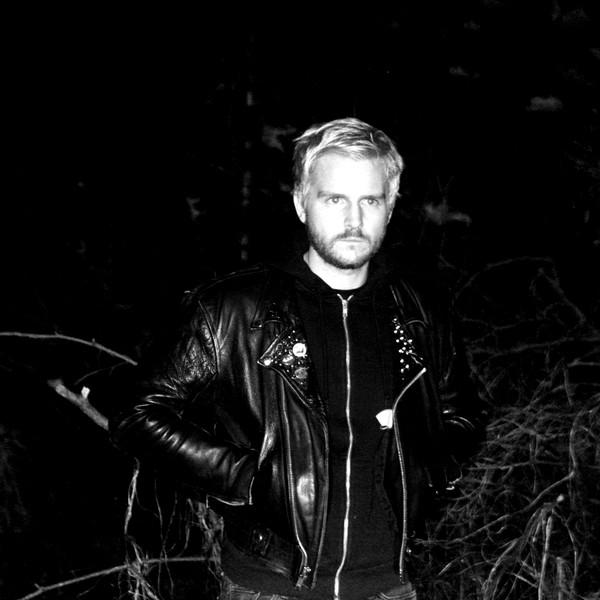 Profit Prison Darkwave y Synth-pop de alto Voltaje 2019