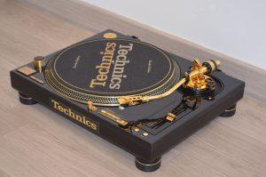 Technics SL-1200GLD MK5GLD Limited Edition Gold 1210 Profesional DJ La Joya de la Corona