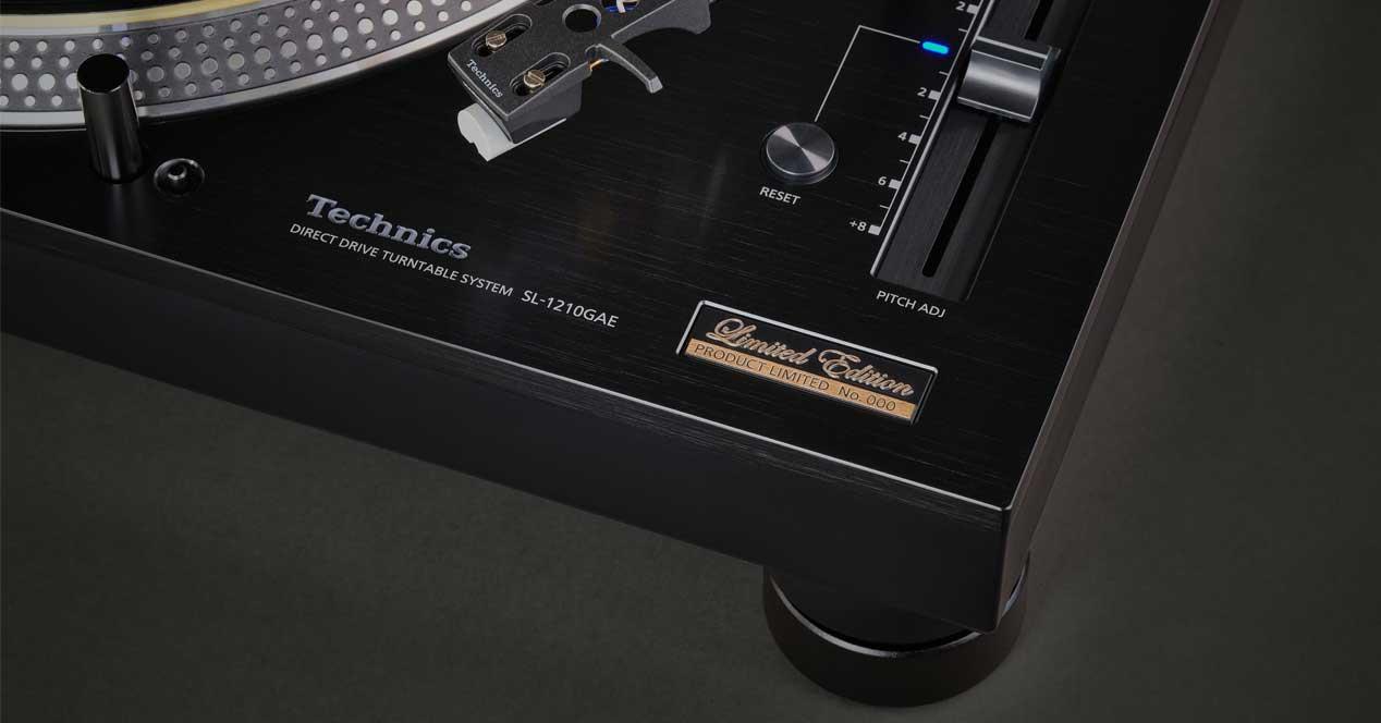 Technics SL-1210GAE nuevo gira discos