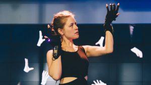 Música Electrónica con Las manos (el futuro que viene).